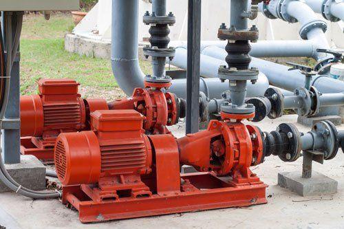Pompe per irrigazione rosse