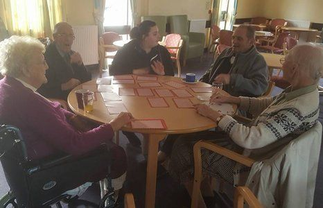Memory engaging sessions for the elderly