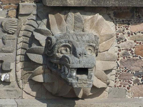 One of the feathered serpent heads that decorates the Temple of the Feathered Serpent ( Quetzalcohuăl) in Teotihuacan. (Image: CC BY-SA 2.0 )