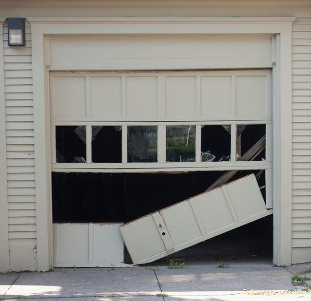 Garage Door Services In Perth Diamond Door Repairs