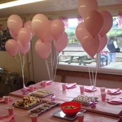 Birthday table settings