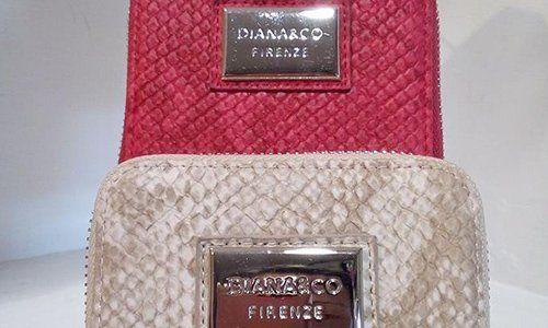 due borse della marca Dianarco Firenze color rosso e beige