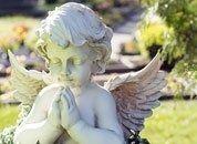 decorazione funebre angelo in marmo