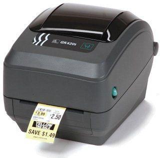 una macchina stampa etichette