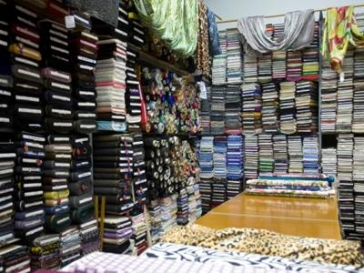 Siamo presenti con le migliori collezioni di tessuti per abbigliamento  donna 9cb39820897