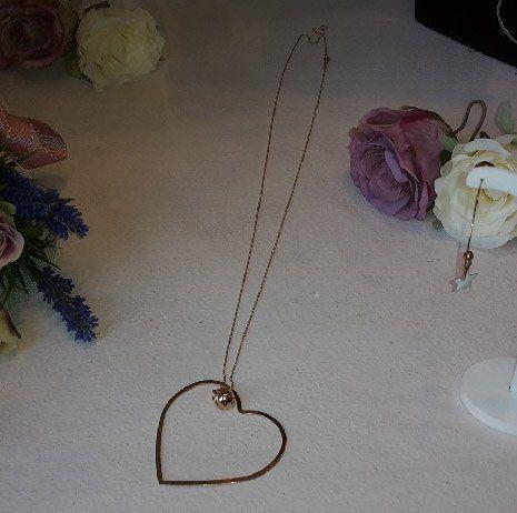 Collana d'oro con pendente a cuore a Faenza