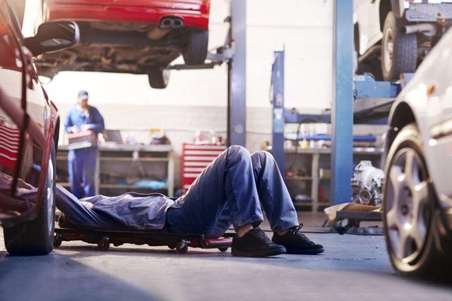 Garage services - Lowestoft, Suffolk - Moll & H Garage - Motor engineers