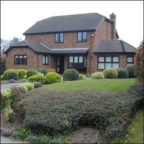 garden designs - East Sussex - Bright & Beautiful Gardens - garden