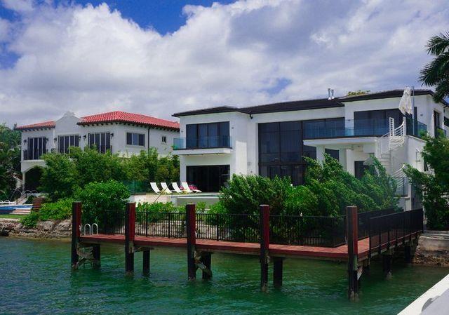 Miami Modern Home Design Miami, FL