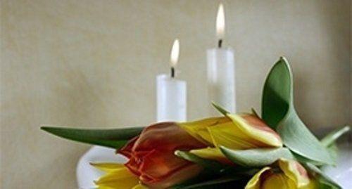 Tulipani e candele accese