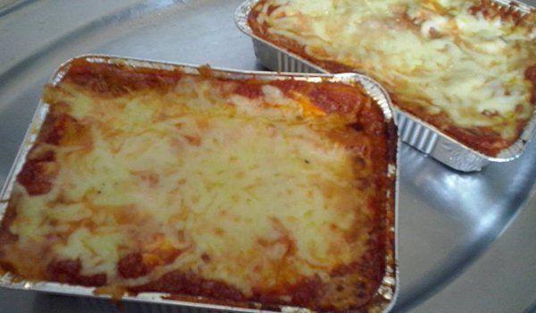 porzioni di lasagne al forno