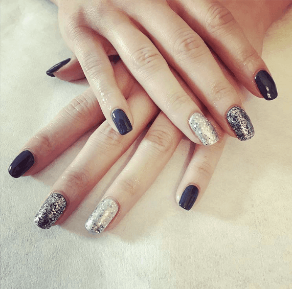 Experienced nail technicians in Stroud