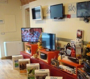 antenne radio-televisione, riparazione elettrodomestici, vendita elettrodomestici