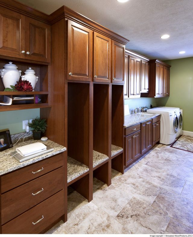 Custom Cabinets | Tremont, IL | Tremont Kitchen Tops