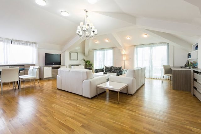 Local Hardwood Flooring Services Clarence Orchard Park East