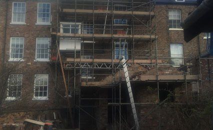 Commercial scaffolding installations