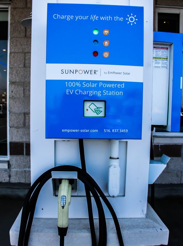Solar Powered Electric Car Charging Station | EmPower Solar
