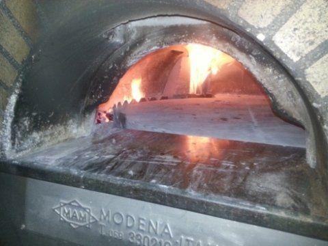 forno a legna per pane e prodotti a lievitazione