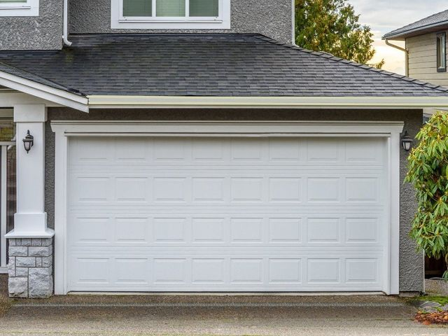 Installing And Repairing Garage Doors In The Greater Nashville Area  Including Antioch, Brentwood, Franklin, Gallatin, Goodlettsville,  Hendersonville, ...
