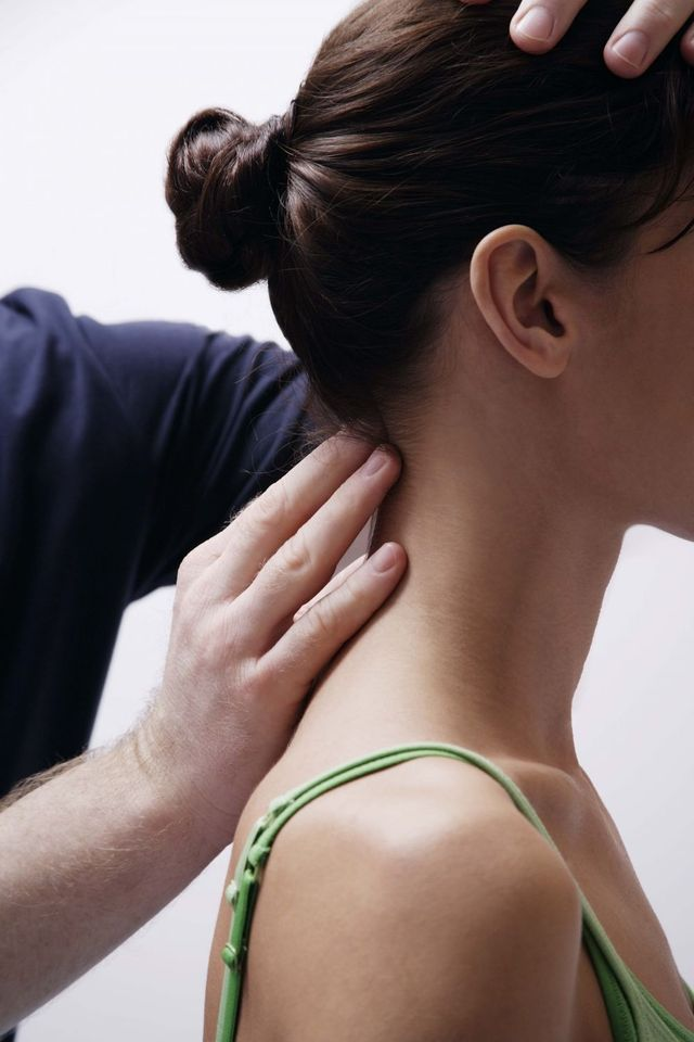 woman receiving osteopathic treatment in Wellington