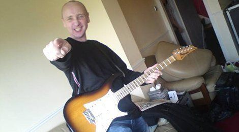 Professional guitar technician course