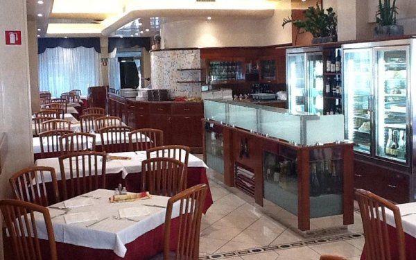Piatti e specialità di carne e di pesce - Mantova ...