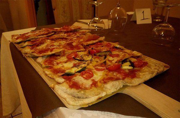Pizza tradizionale al Ristorante Essential