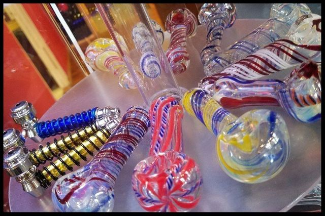 glass hand pipes