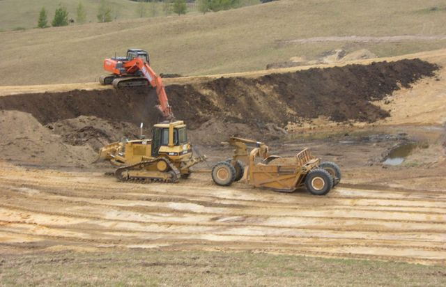 Equipment and machines used for excavation services in Hamilton
