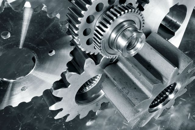 ingranaggi metallici realizzati su misura