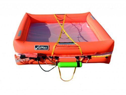 una scialuppa di salvataggio