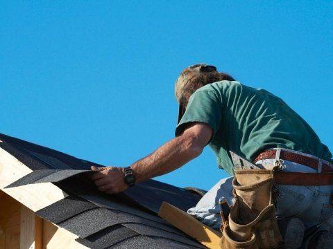 Ricoprendo il tetto