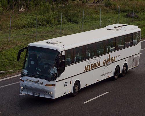 Un autobus in viaggio