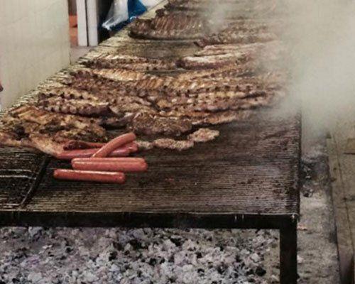 carne cotta su griglia
