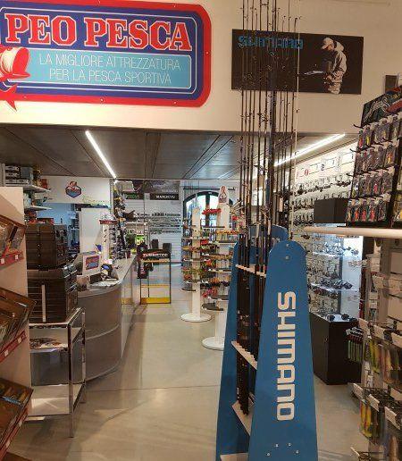interno negozio peo pesca a bologna