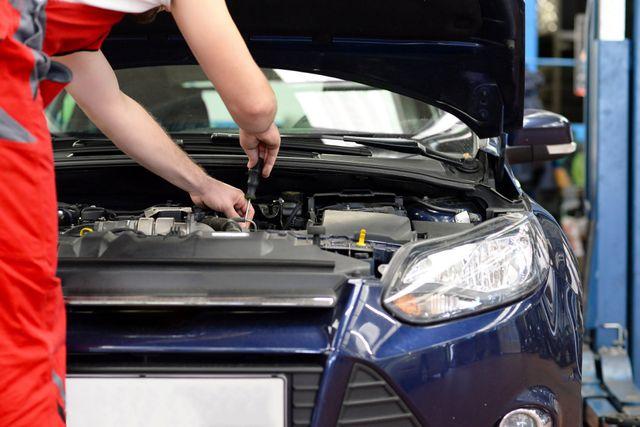 Mobile car repair
