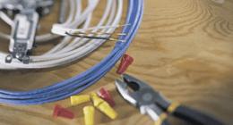 pinze taglia cavi e  fili elettrici
