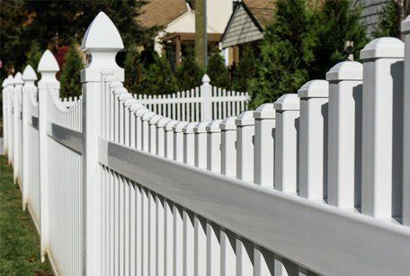 vinyl fence around a home