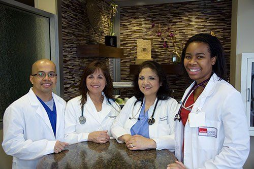 Doctors at River Oaks Emergency Center in Houston, TX