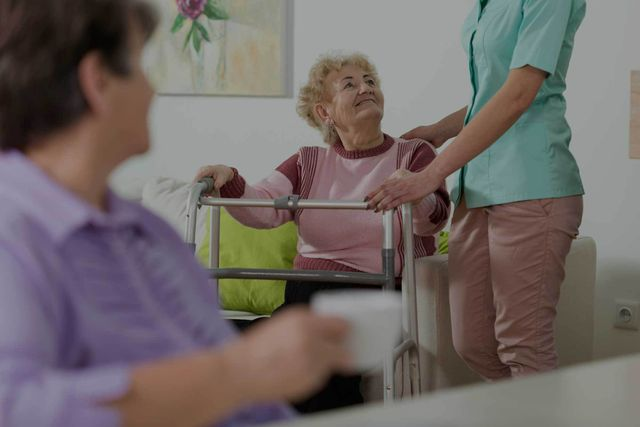 Image of an old lady at a nursing home
