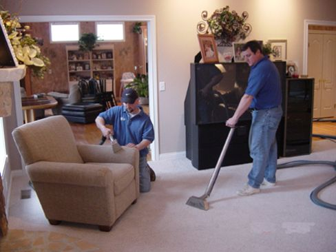 Experts Providing Upholstery And Carpet Cleaning Services By Using Thorough  Carpet Cleaning Methods In Cincinnati,