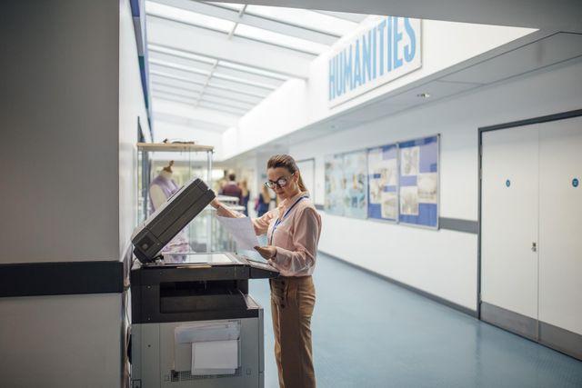 stampante in una scuola