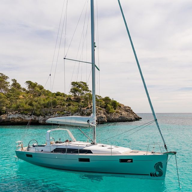 Yacht Charters | Sailing School | Fractional Sailing | Toronto