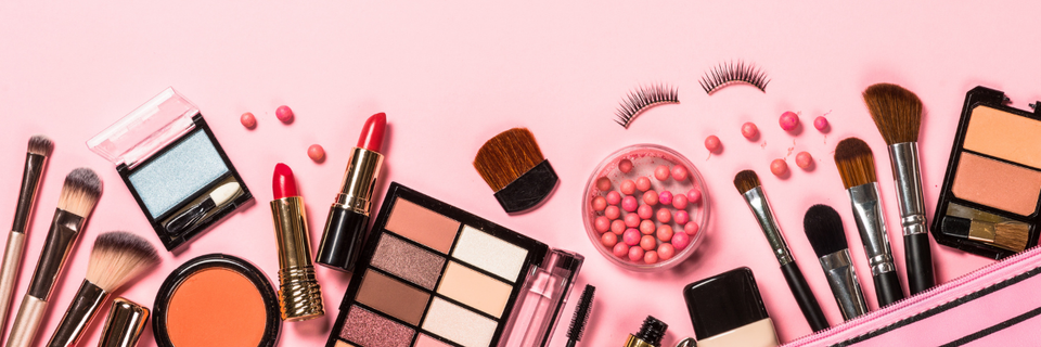 The Pros and Cons of Attending Cosmetology School