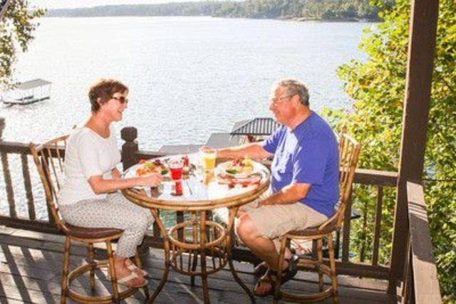 Luxury Resort Cranehill Al Smith Lake Bed Breakfast
