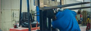 carrelli elevatori e trasportatori manuali