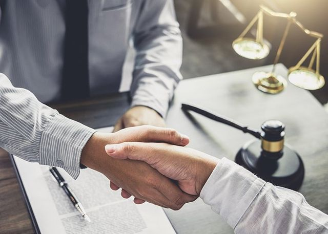 Licensed Lawyer | Rockville, MD | Farthing & Farthing PC