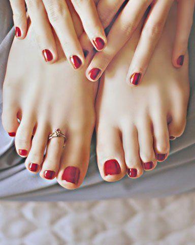 114eeb108c2f3a Treatments. Find us. nails