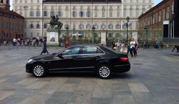 Taxi Mercedes a Torino