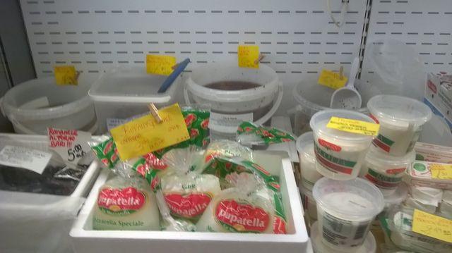 Mozzarelle di bufala e altri formaggi tipici artigianali
